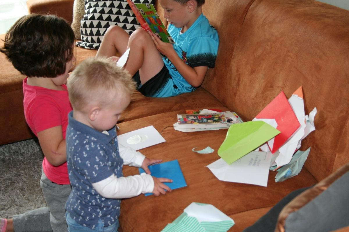 Kaarten open maken en (voor)lezen